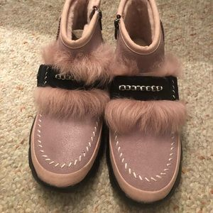 UGG Pretty Pink Boots